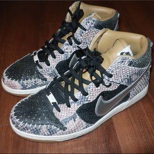 Nike Dunk comfort snakeskin look